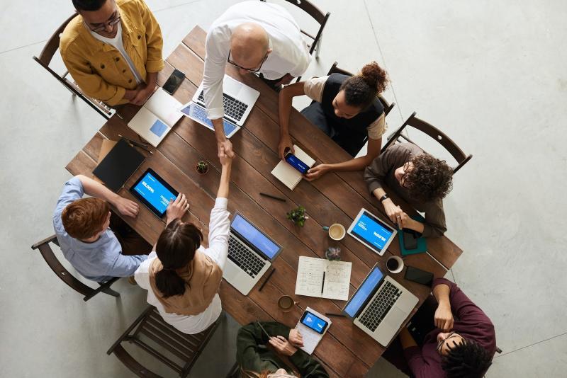 Nouveau travail ?5 Conseils pour réussir les débuts